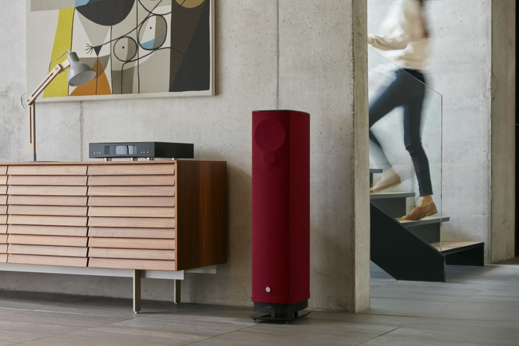Linn-530-Claret-Stairs-Wide-Web-Res