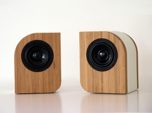 Serene Audio Pebble caramel Bamboo with white leather
