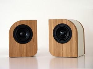 Serene Audio Pebble caramel Bamboo with white leather