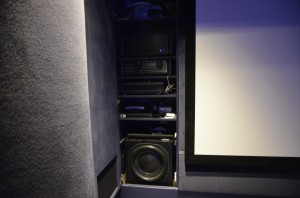 "Massive 15"" sub presurises the room through a dedicated vent"