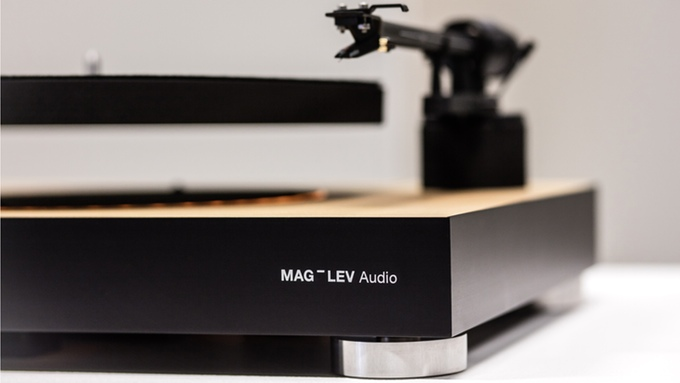 mag_lev-audio turntable