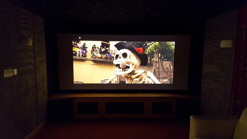 HiFi Cinema Showroom New Screen 16:9