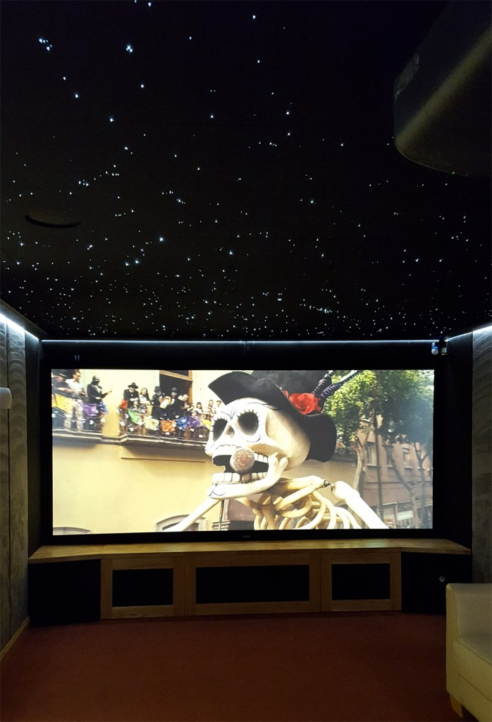 HiFi Cinema Showroom New Screen & star ceiling